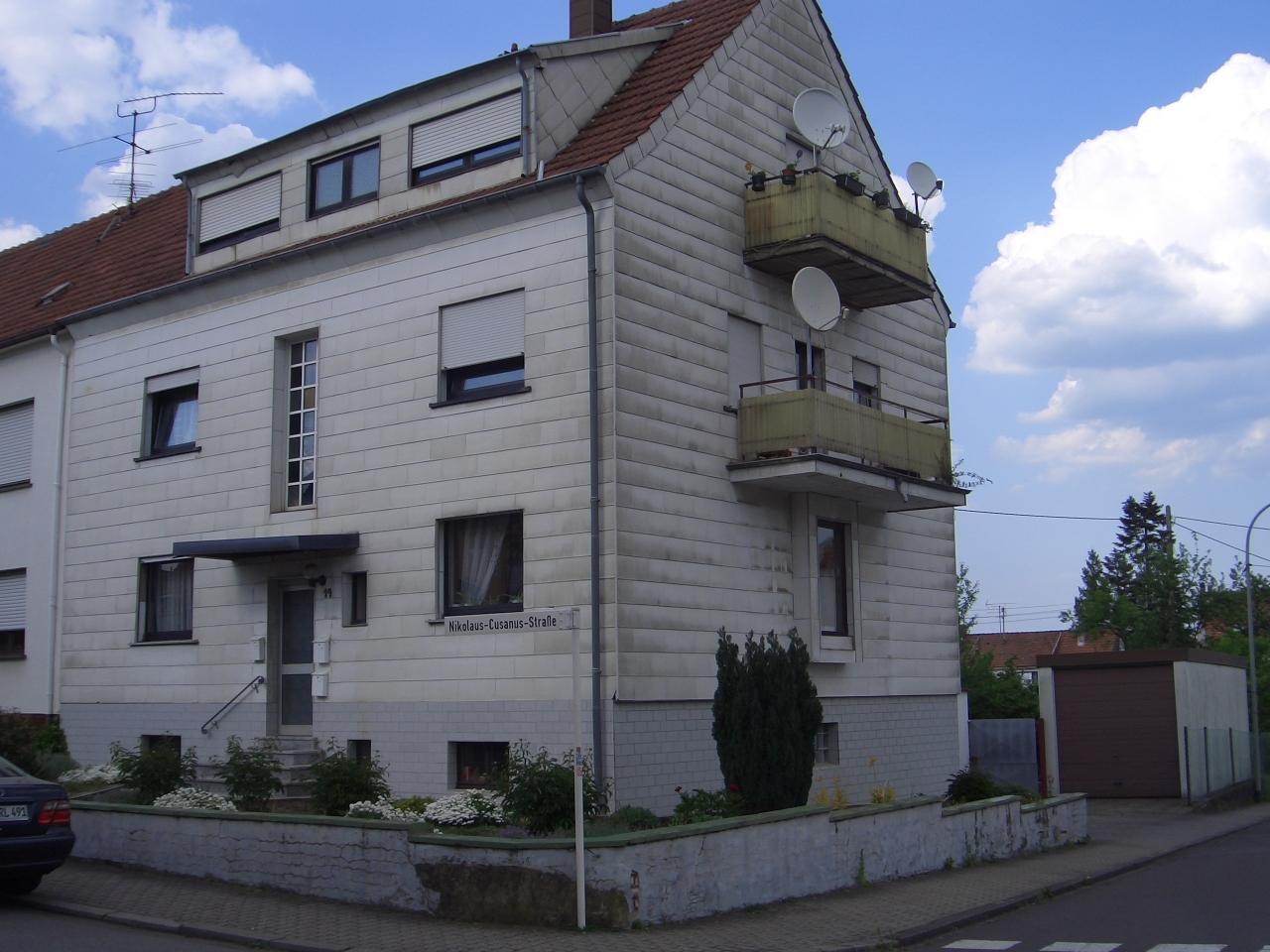 Osbild-House  12.08.2018 -  D-66740 Saarlouis, - 2 Appartemen for 8 poeple